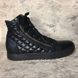 Ron White Quilted Side Zip Ankle Boots
